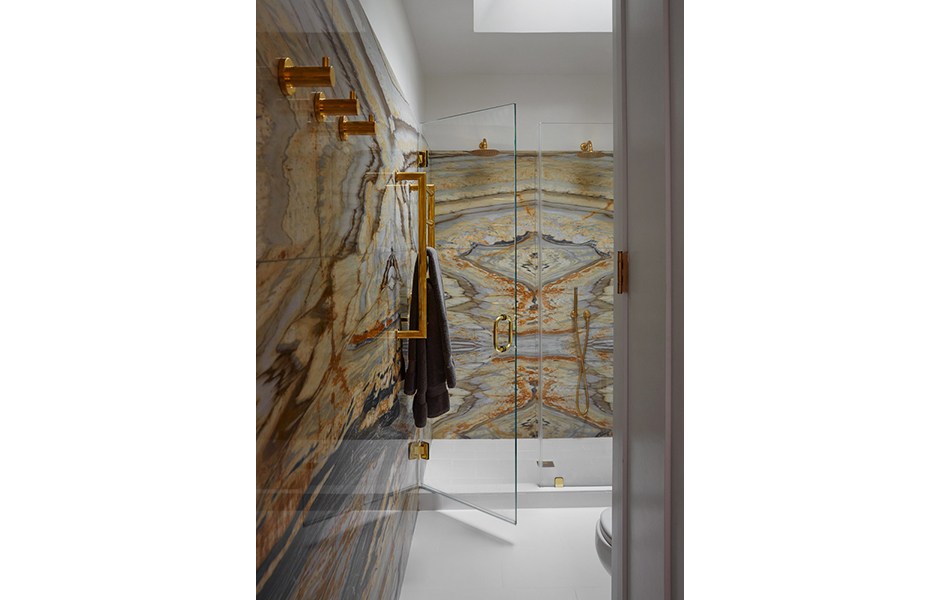 LBR HOME MATCHBOOK MARBLE MASTER BATH SHOWER